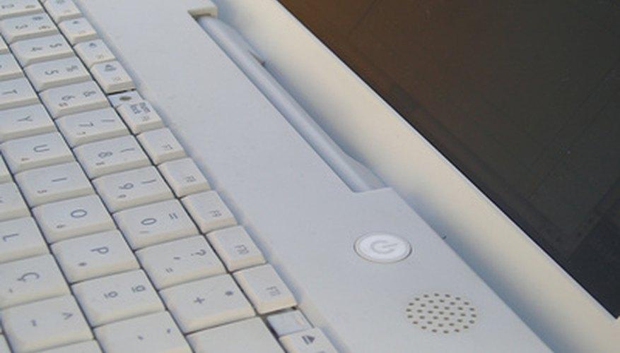 Los usuarios de Mac OS X desinstalan programas borrando la aplicación y los archivos relacionados.