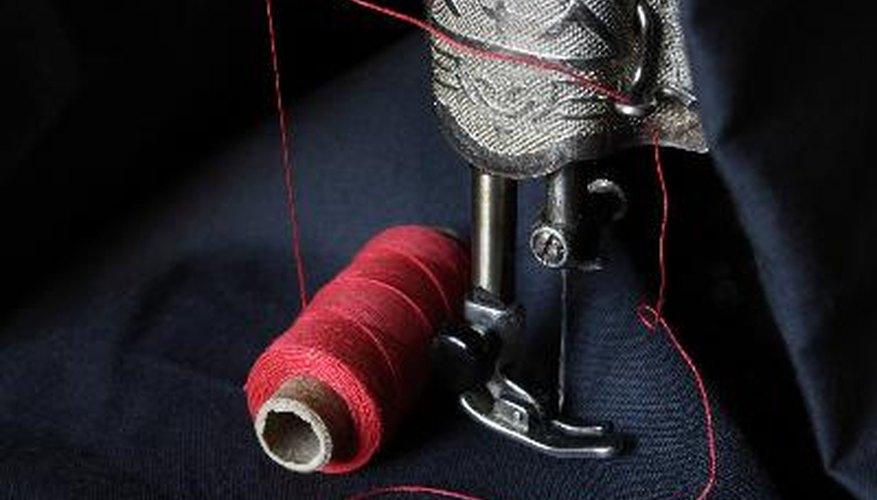 Antes de coser una prenda hay que cortar el patrón.
