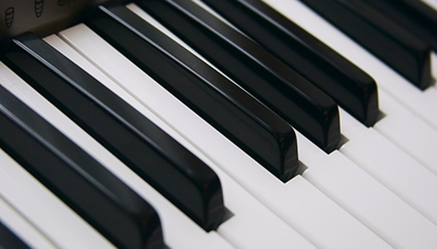 There are many choices when it comes to electronic keyboards.