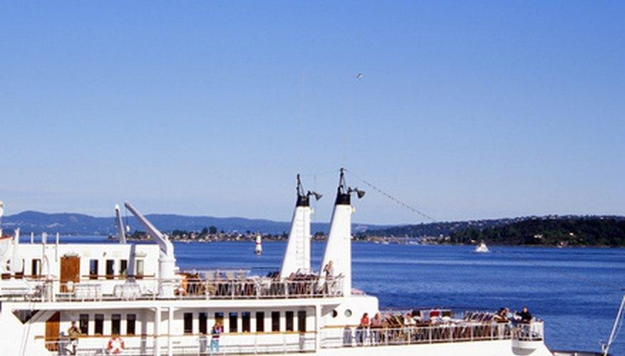 Los cruceros contratan enfermeras para atender las necesidades médicas de los pasajeros y personal del crucero.