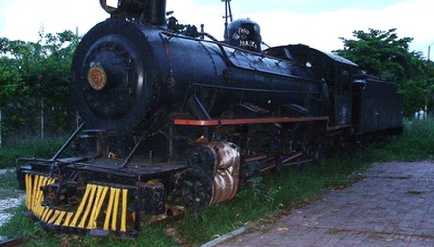 Realiza un proyecto de manualidad basado en trenes usando cajas de cartón.