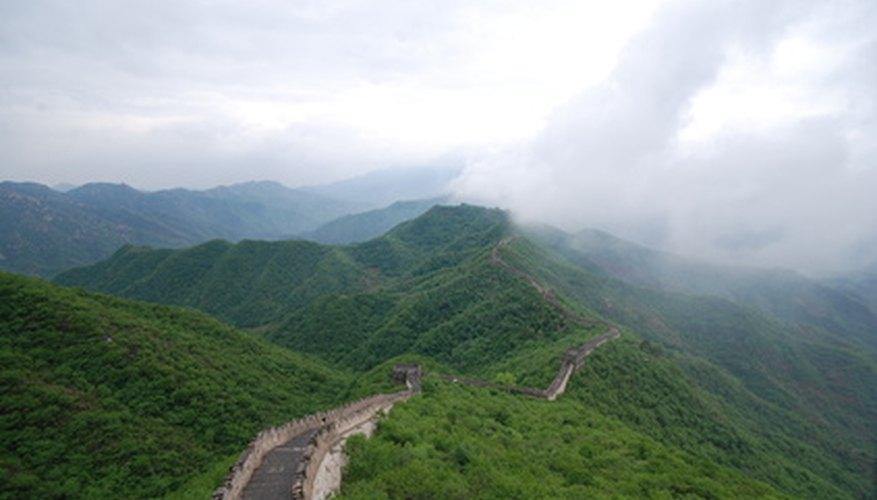 La Gran Muralla China mide miles de millas.