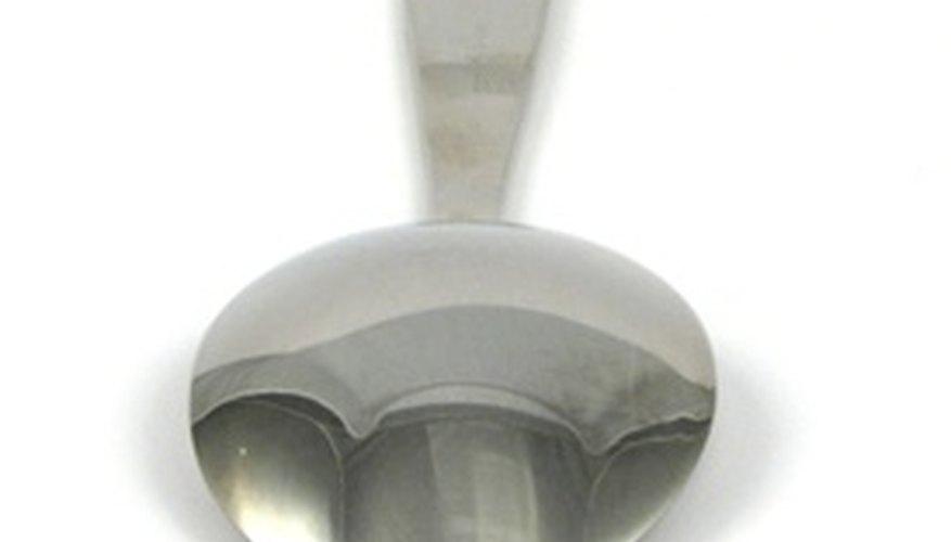 La mayoría de las cucharas William Rogers fueron marcadas atrás del mango.