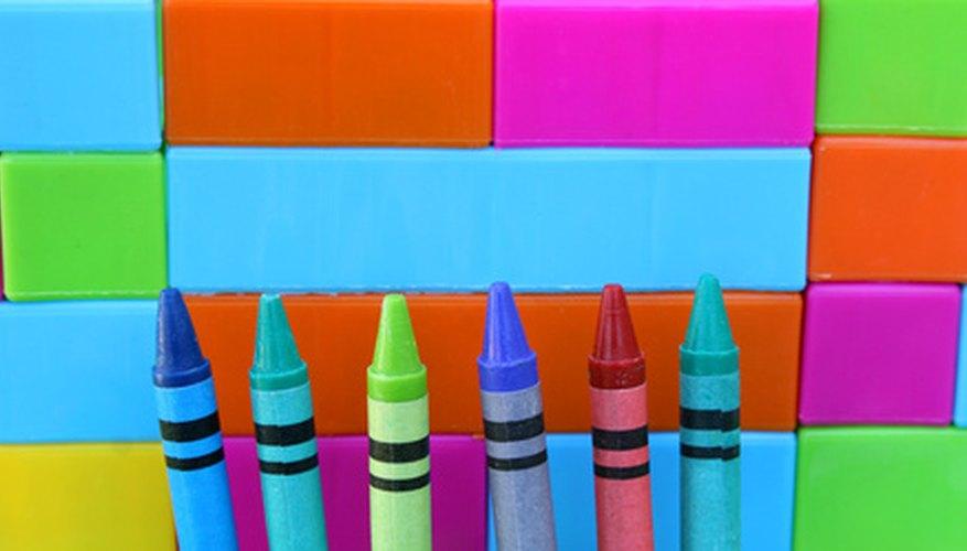 Un disfraz de crayón es simple y divertido.
