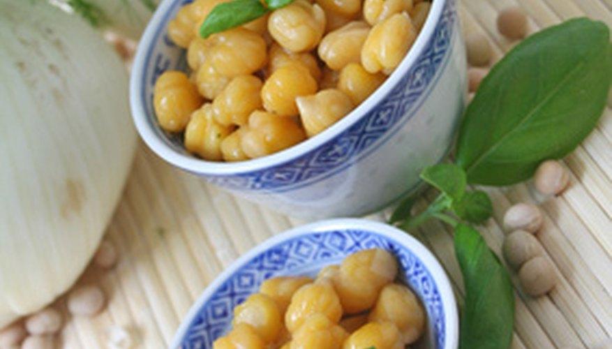 Los garbanzos molidos son el corazón del hummus.