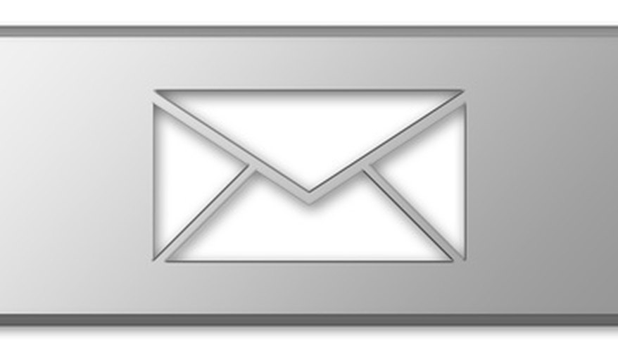 An envelope appears on your Boost Mobile phone to alert you to a new voice message.
