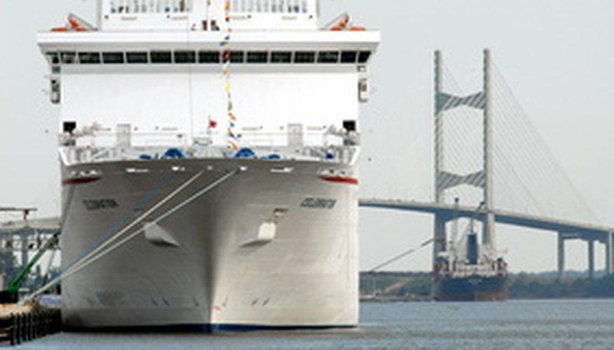 Los barcos sin carga almacenan lastre para mantener la estabilidad.