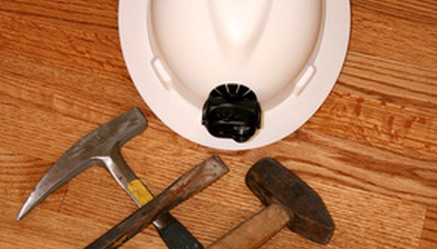 Los residentes de Nueva York pueden accesar a programas educativos que enseñan el comercio relacionado con la construcción.