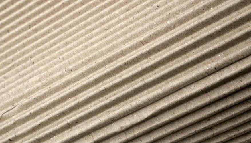 Los corrugadores son máquinas de precisión que fabrican el cartón corrugado.