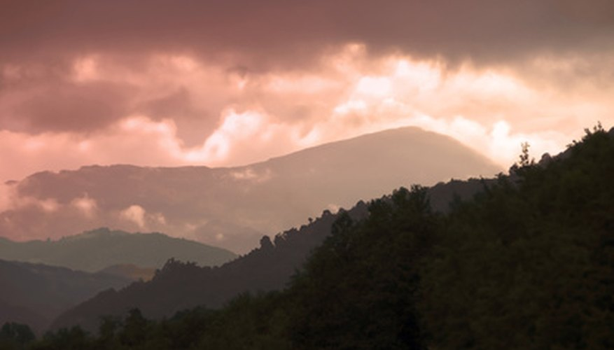 Mountain-color values lighten as they go into the distance.
