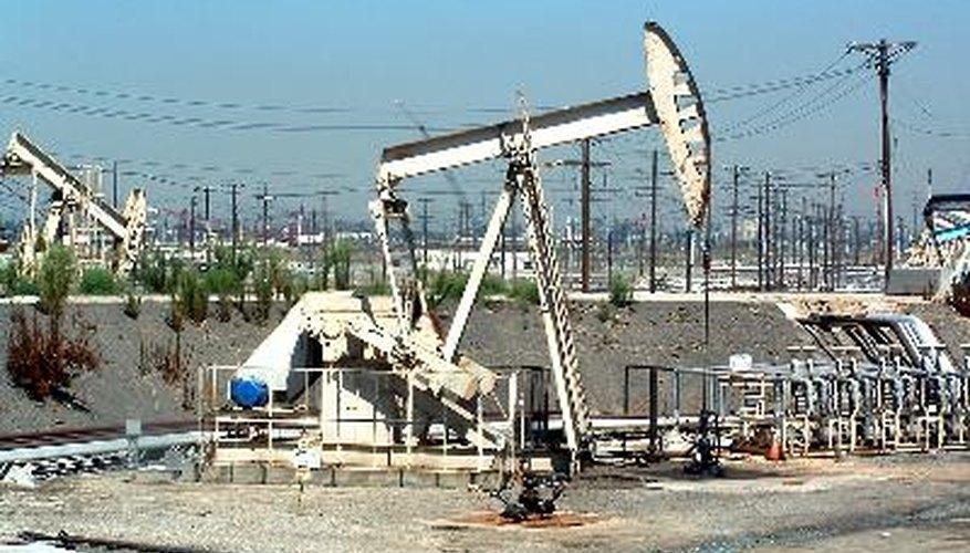 Aunque se estén buscando sustitutos, el petróleo sigue siendo una de las principales fuentes de energía del mundo.