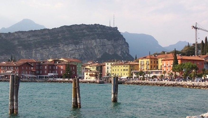 El lago Garda está a poca distancia en auto de Verona.