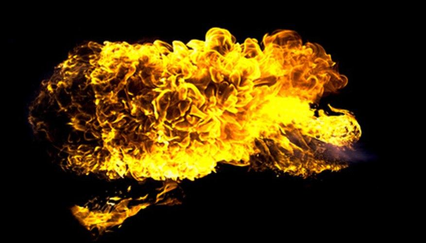 Convierte el aceite usado en combustible para el fuego.