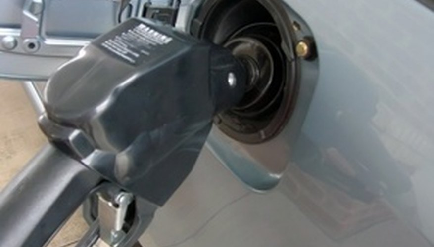 Los conductores usualmente obtienen un mejor rendimiento de vehículos con  cilindros que con un motor V6.