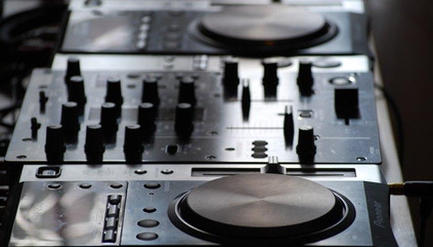 Virtual DJ te permite configurar controladores externos Midi/HID.