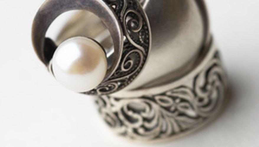 Las joyas de plata pueden causar reacciones en la piel.