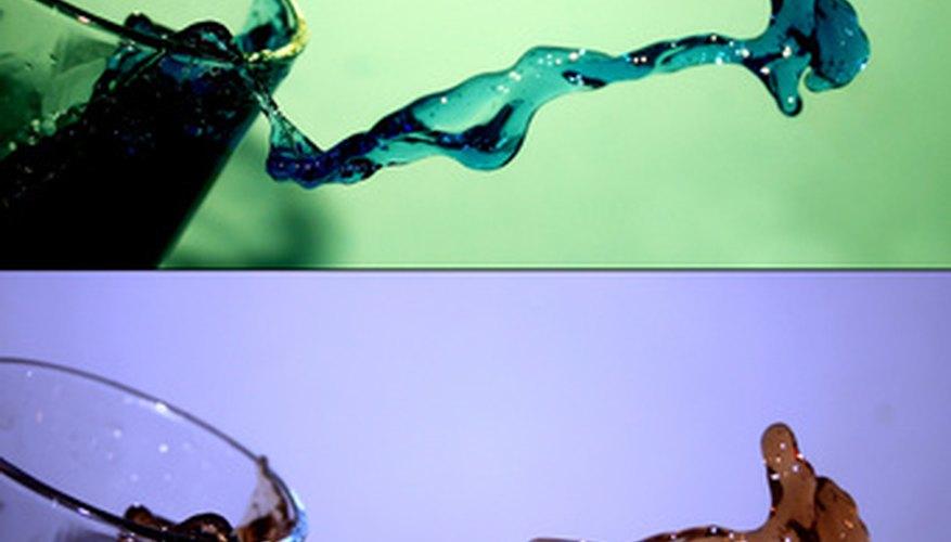 El agua es un líquido distinto a los demás.