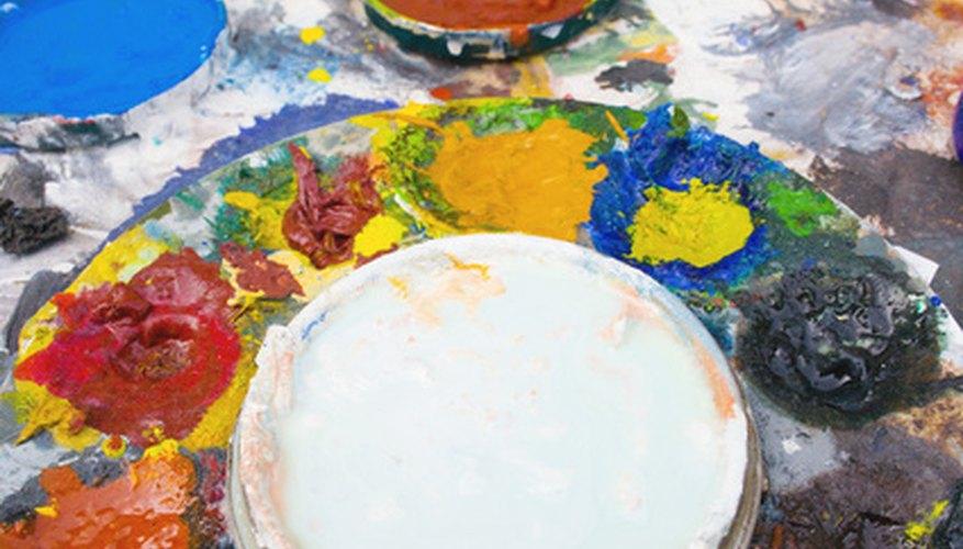 El aceite de linaza es el más usado en las pinturas al óleo.