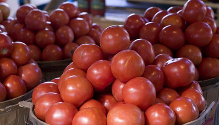 Tomatoes are both delicious and nutritious.