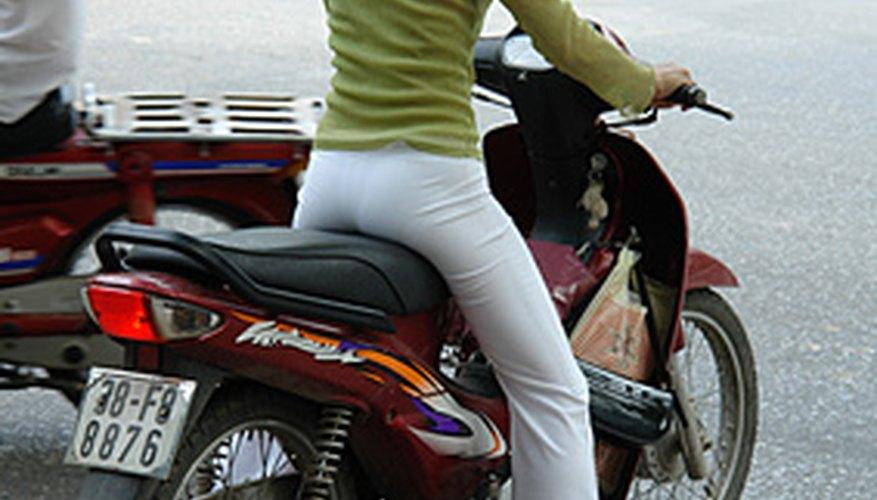 La Kawasaki 454 LTD es buena para desplazamientos y el viaje cotidiano en las calles.