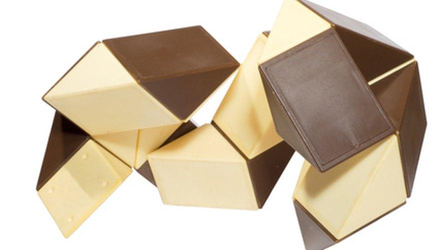 Las cajas de rompecabezas fomentan el uso de la geometría abstracta.