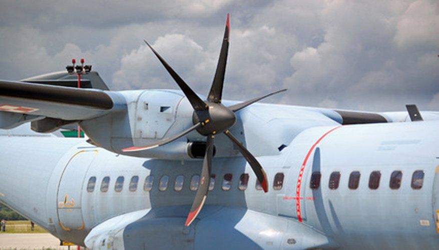 Diferentes tipos de motores de avión.