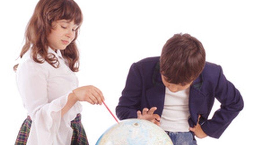 A los estudiantes kinestésicos les gusta aprender usando sus manos.