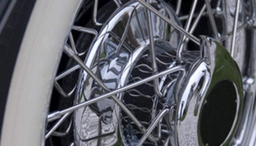 El regulador de presión de combustible del vehículo puede causar varios síntomas cuando funciona mal.