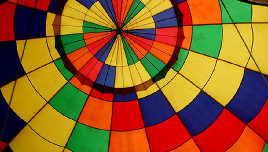 Los globos meteorológicos a menudo no tienen las mismas decoraciones que los aerostáticos pero están hechos de una tela látex muy flexible.