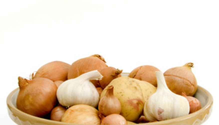 Garlic and onions can be used together or alone.