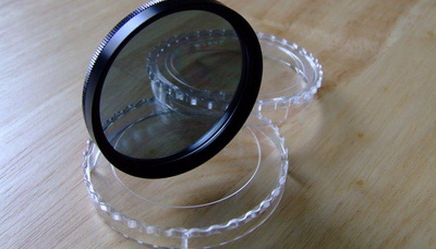 Si un filtro se ha agrietado o roto, puedes eliminar el cristal y reutilizar el marco.