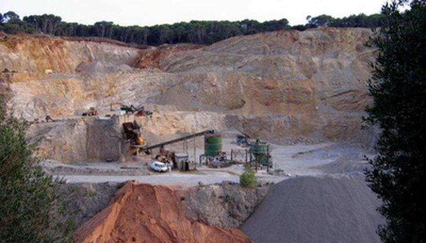 Una cantera es un tipo de mina no subterránea.