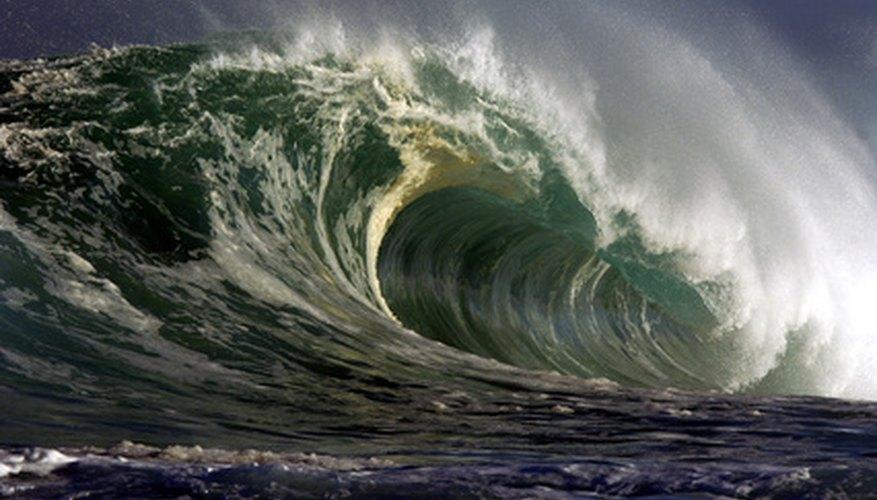 Las ondas de choque producidas por los terremotos pueden causar los tsunamis.