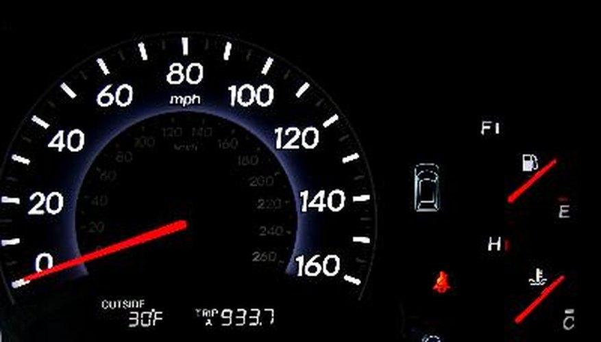 Qué significan los indicadores luminosos de advertencia en una Jeep Liberty.