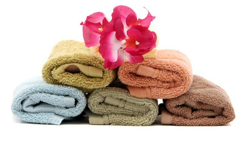 Las toallas y toallitas pueden ser dobladas para hacer hermosas decoraciones.