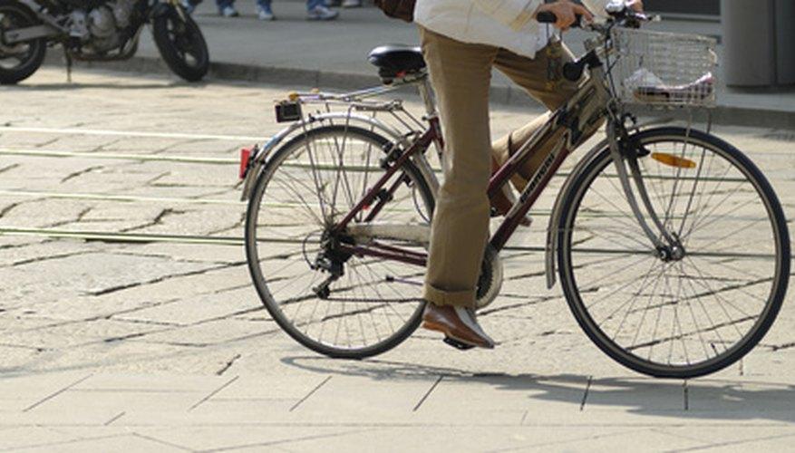 Coloca un motor en tu bicicleta para un manejo suave.