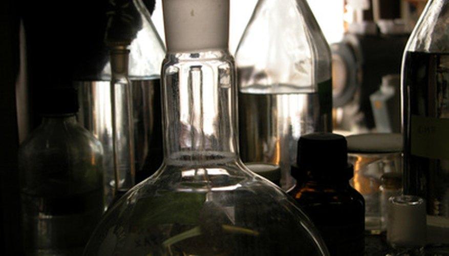 Es importante conocer las medidas de seguridad al manipular productos químicos.