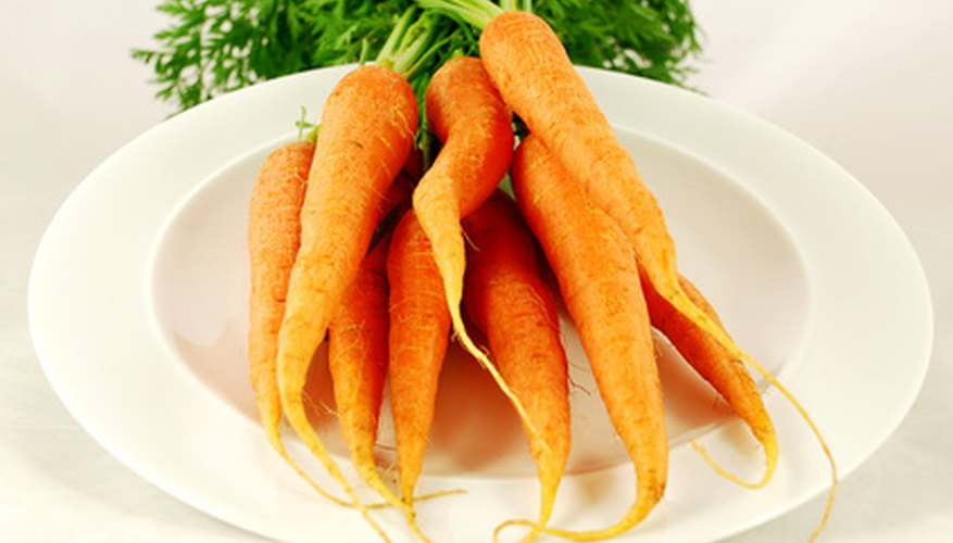 Carrot crops need an herbicide program to control weeds.