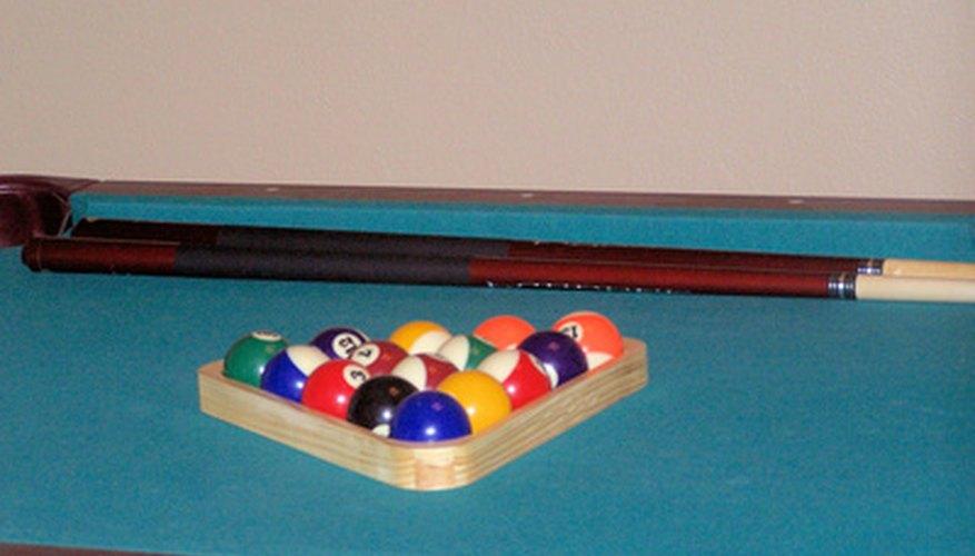 Marca medidas en tu mesa de billar para el juego estándar.