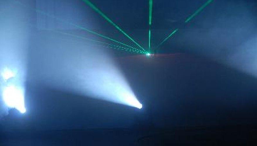 Los efectos de luz añaden un toque indispensable a los conciertos.