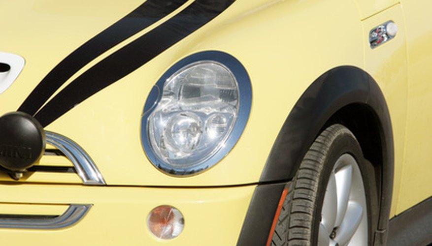 El Mini Cooper un auto elegante y pequeño.