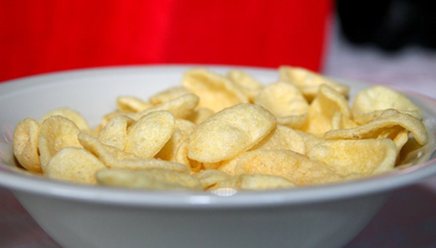 Dried apple chips are a healthy and wholesome snack the whole family can enjoy.