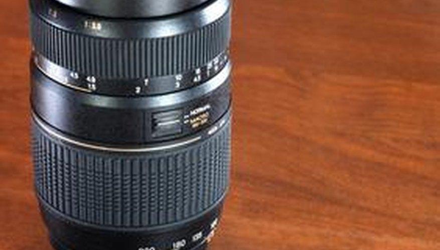 Tu puedes transformar una lente de fotografía en un telescopio con el visor correcto.