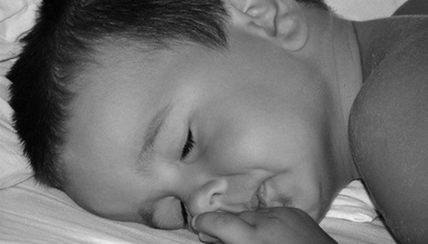 Una máquina de ruidos blancos puede ayudar a tu hijo a dormir.