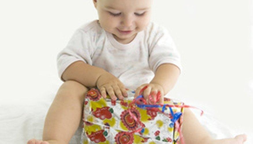 Toma muchas fotografías en el primer cumpleaños de tu hijo.