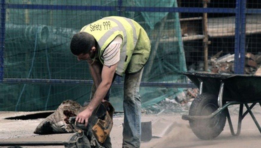 Los tópicos de seguridad industrial educan a los trabajadores acerca de prácticas de trabajo saludables.
