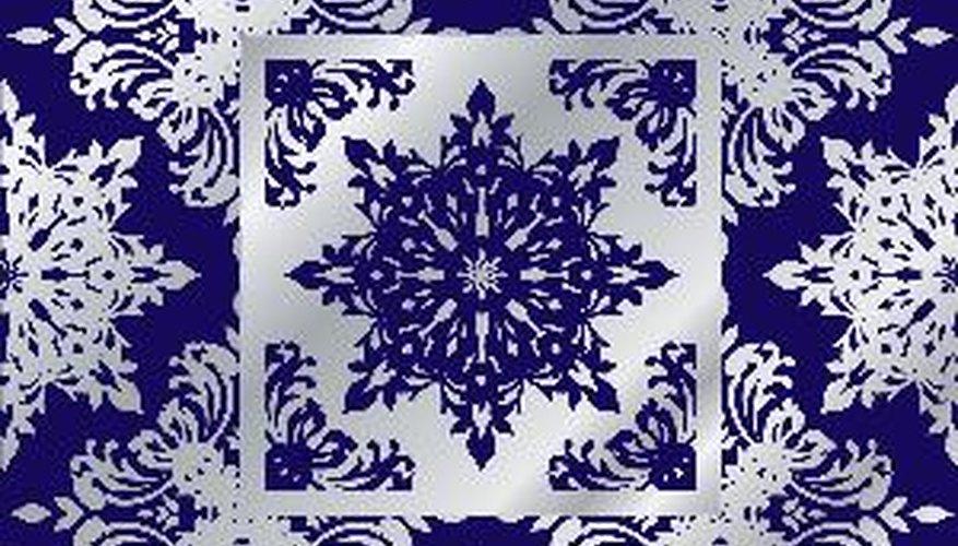 Las sales de cobalto son ampliamente utilizadas por artesanos para conseguir tonalidades azules en vidrios y cerámicas.