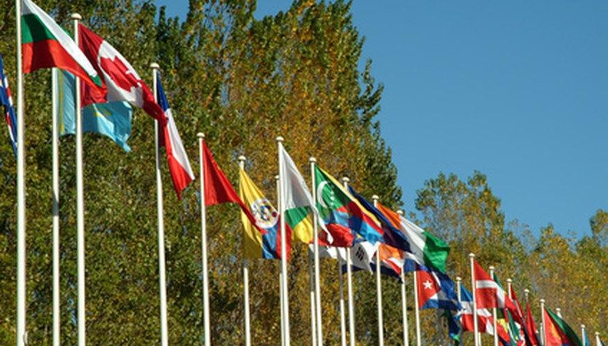 Las empresas globales deben adaptar sus estrategias de negocio para competir en el mercado internacional.