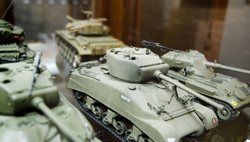 Este conjunto de tanques modelo incluye una serie de variaciones sobre el caballo de batalla estadounidense en la Segunda Guerra Mundial, el tanque M4