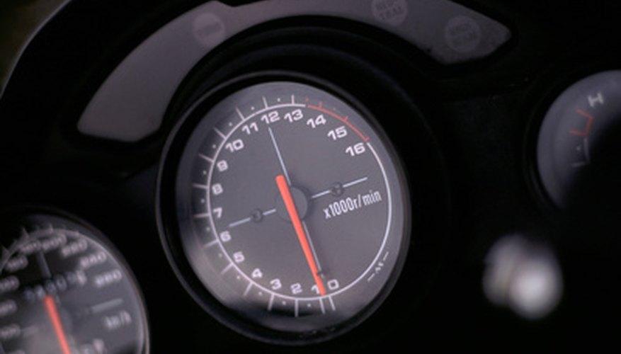 Los indicadores del tablero transmiten información sobre el estado del vehículo al conductor.